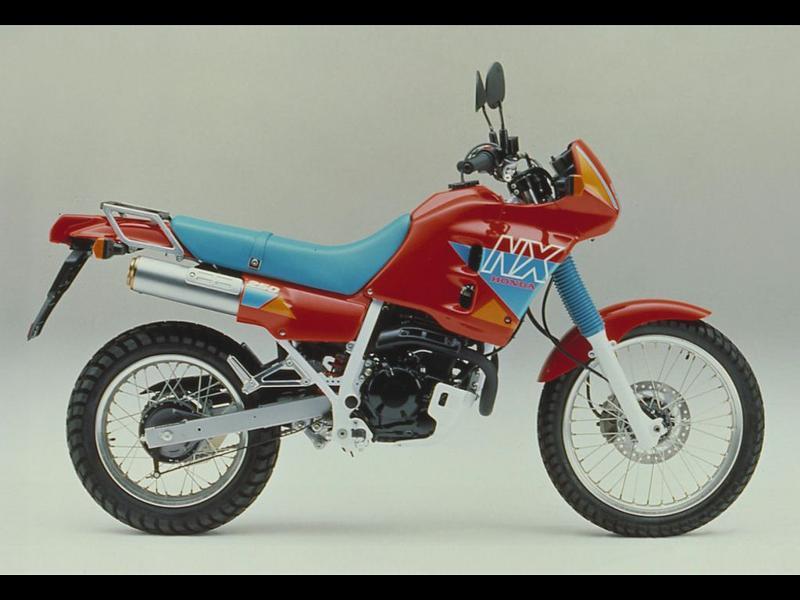 Honda CB 250 Cena, Krakteristike, iskustva, prednosti i