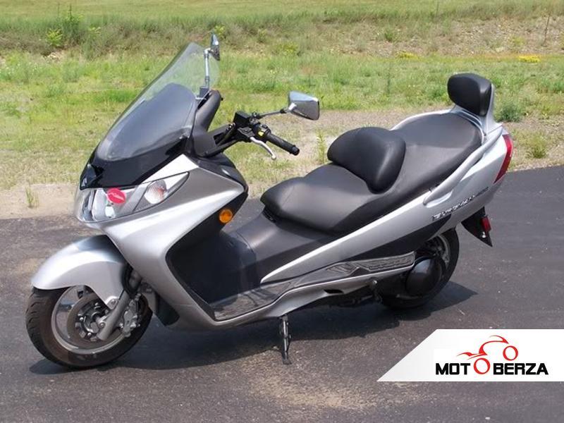 Suzuki Gsxr 600 >> Delovi za motore - Suzuki GSXR 600 K7 2007 God. cena 10 prodaja - moto-berza.com