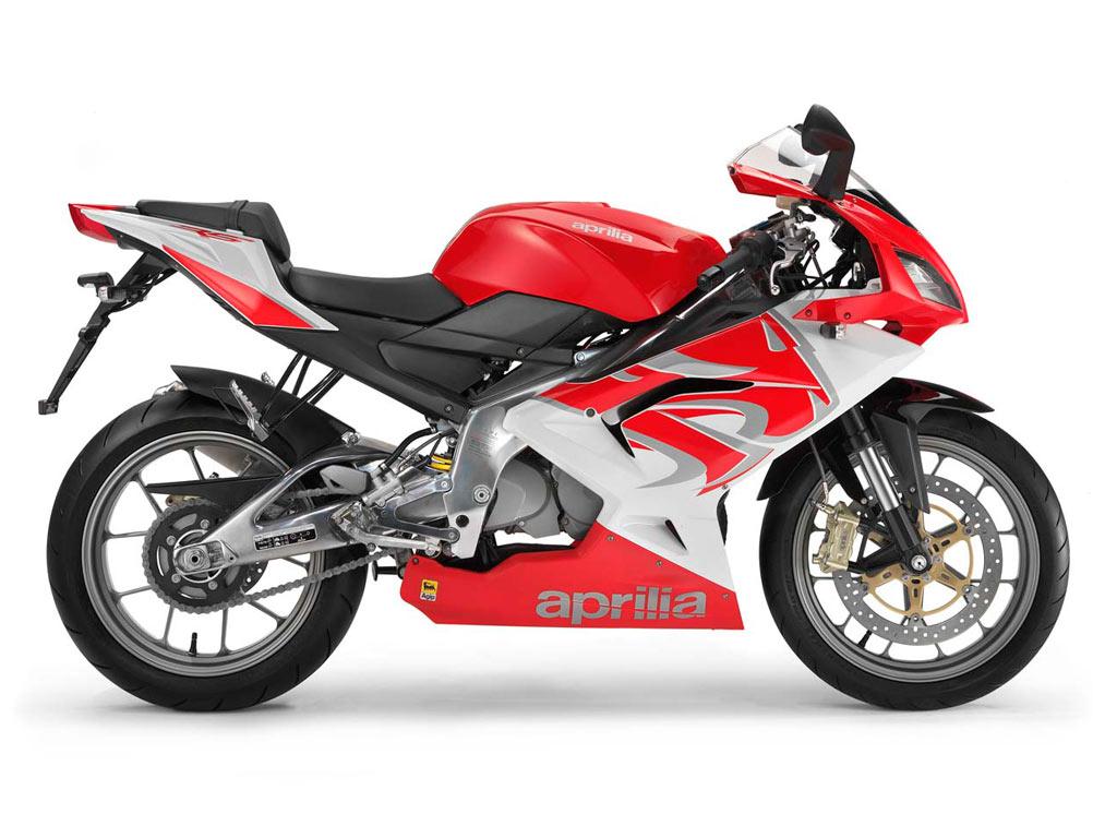 aprilia rs125 najbolji motocikl do 125ccm u 2008 moto berza. Black Bedroom Furniture Sets. Home Design Ideas