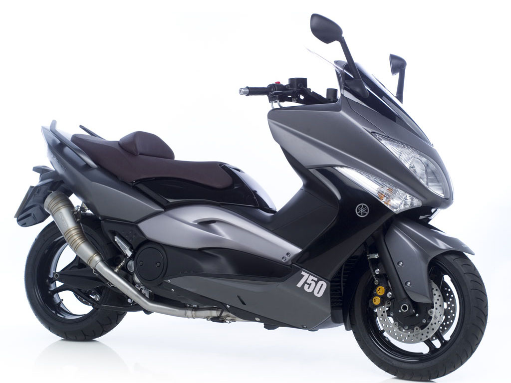 yamaha t max 750ccm moto berza. Black Bedroom Furniture Sets. Home Design Ideas